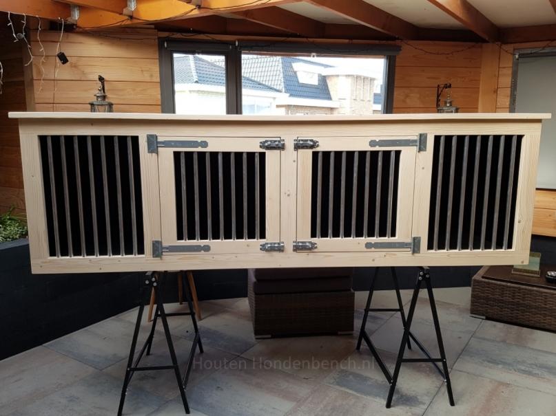 Houten hondenbench 250 x 70 x 80 cm in blank hout