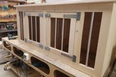 Hondenbench 186 cm in blank hout met 2 deuren
