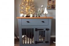 Hondenbench-meubel-rubbergrijs-met-licht-eiken-bovenblad